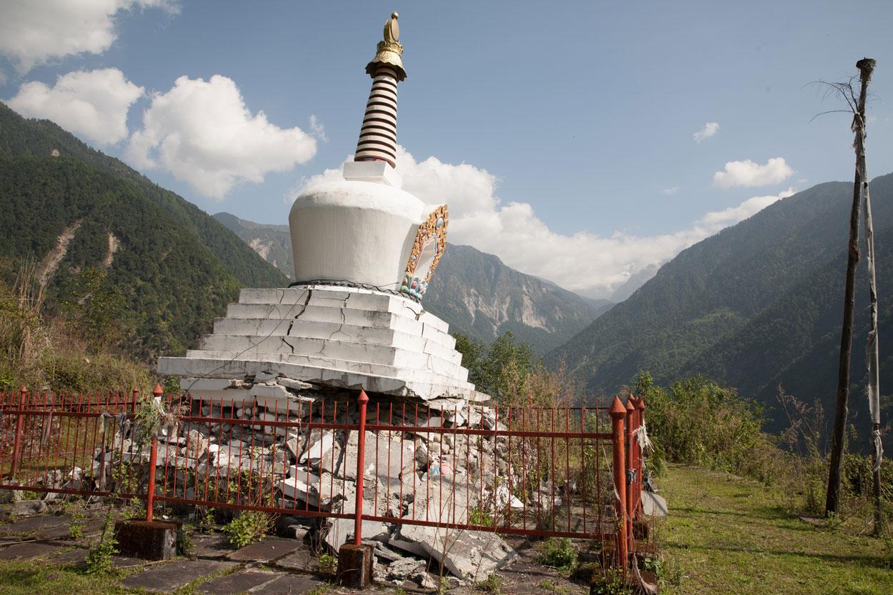 EQ damaged stupa